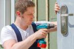 Les différents moyens pour améliorer la sécurité d'une porte d'entrée